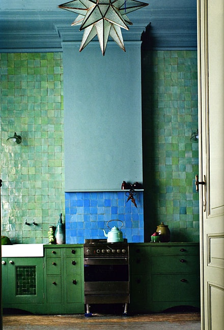 Utterly beautiful tiles.  Unsuited to my kitchen, but shown here just for pleasure!  Picture from Pinterest.