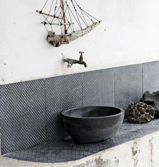 Laurence Pidgeon tile.