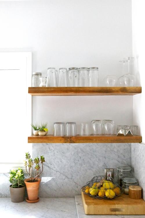 Veneer designs kitchen.