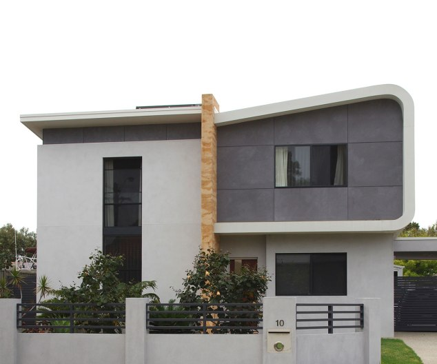 South Fremantle house painted in Bauwerk Basalt and Bauwerk Slate.