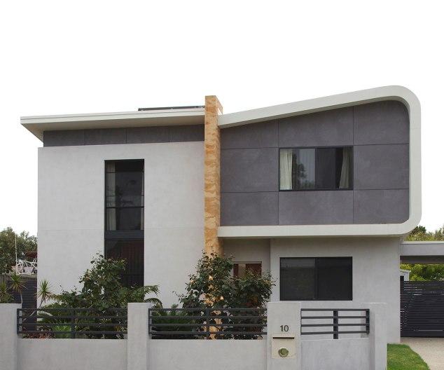 South Fremantle house painted in Bauwerk Basalt and Bauwerk Slate.