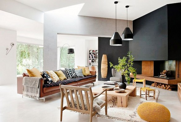 Black wall adds depth.  Source:
