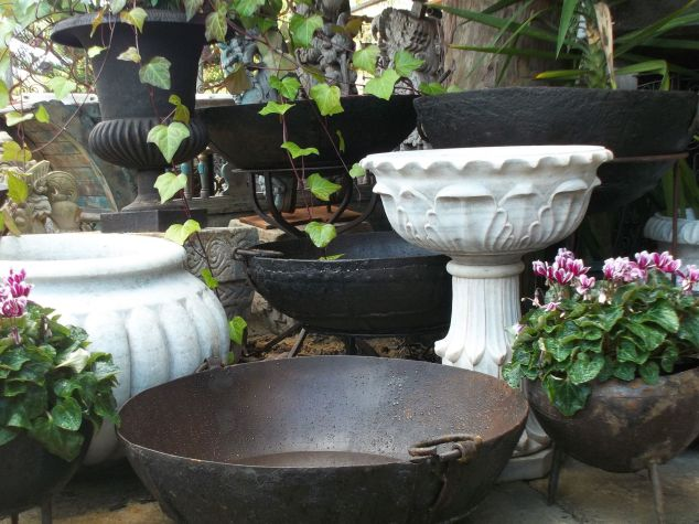 Shedwallah outdoor wares.